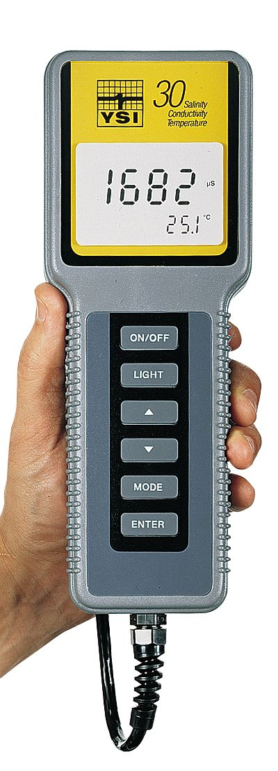 Ysi Conductivity Meters : Ysi handheld conductivity meter with cell and ft