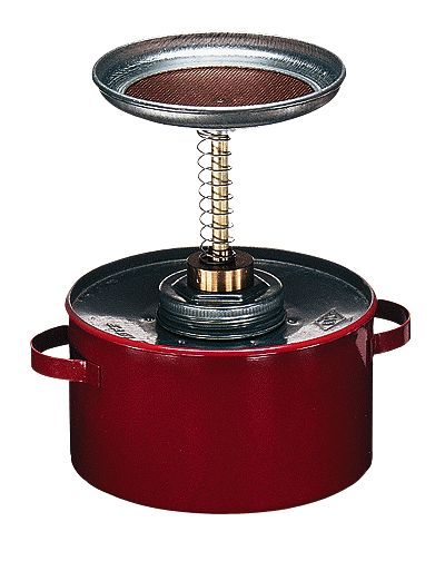 Plunger can steel with brass pump and screen quart from
