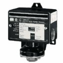 EW-68050-12 General-Purpose Watertight Single Setpoint Switche