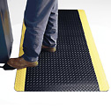EW-81851-23 Mat with yellow borders shown